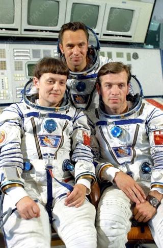 30ème anniversaire de la mission Soyouz T-7 Soyuz-10