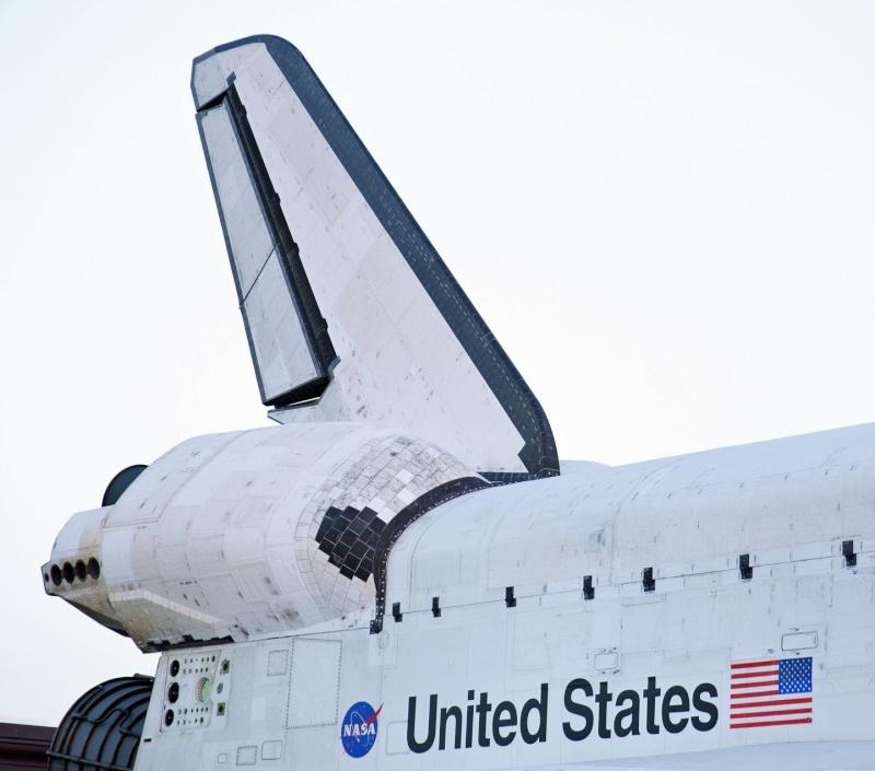 La navette spatiale Endeavour s'envole pour le California Science Center de Los Angeles Transf13