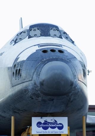 La navette spatiale Endeavour s'envole pour le California Science Center de Los Angeles Transf17