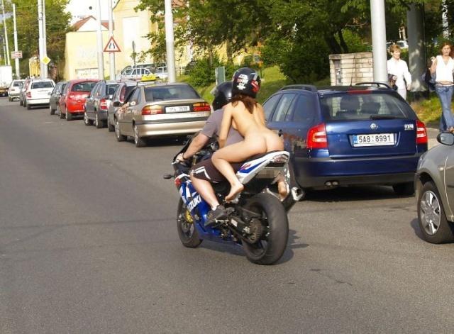 Suzuki et non Ducati Motoci10