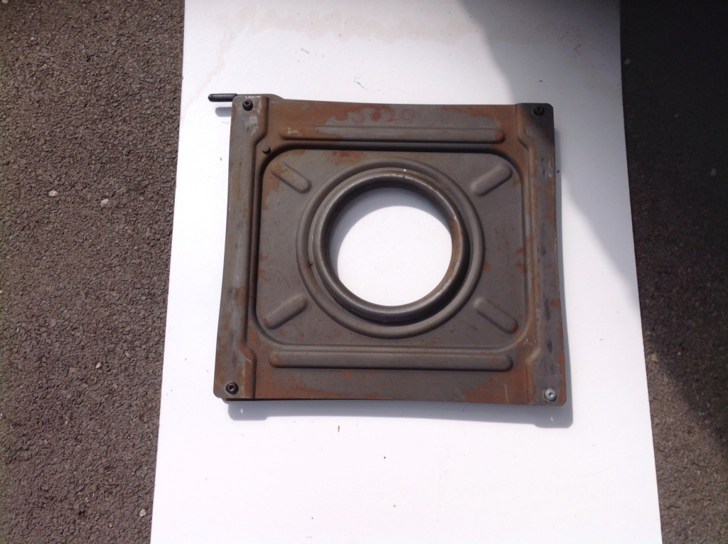 VW T4 Swivel Base – Passenger Side - For Sale Img_4313