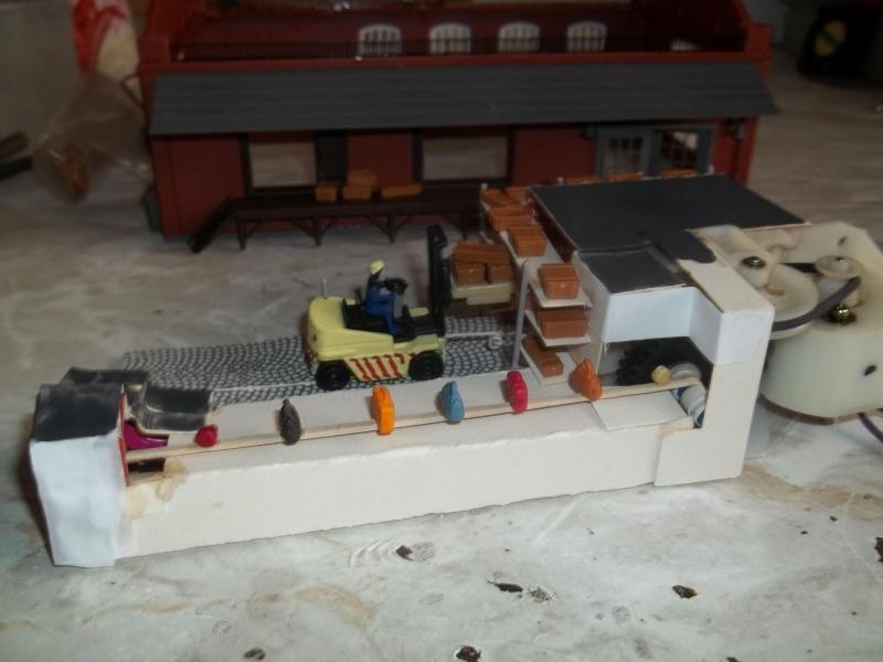 Industriegebäude mit motorisiertem Innenleben Bild_010