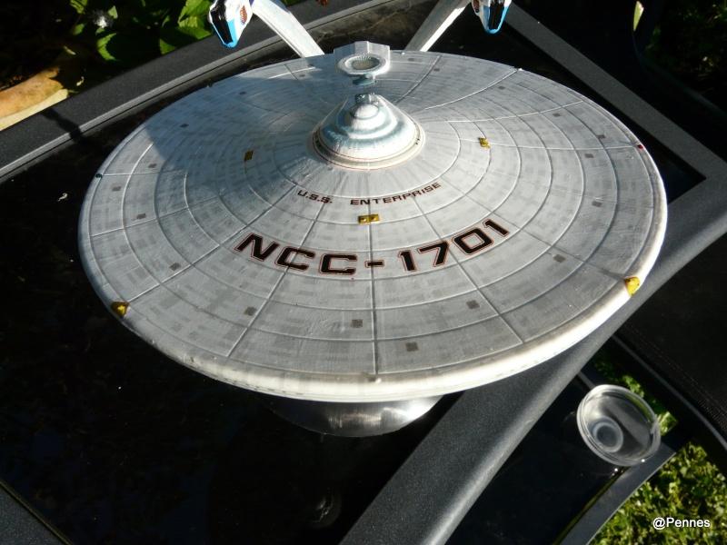 USS Enterprise Refit 1/1000 de chez Polarlight 211