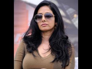 அஜீத்தின் வாலிதான் என்னோட ஃபேவரைட் - சொல்கிறார் ஸ்ரீதேவி 12-sri10