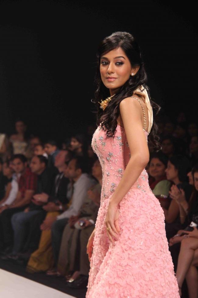 Amrita Rao Rwalk at Iijw Photo Gallery Amrita18
