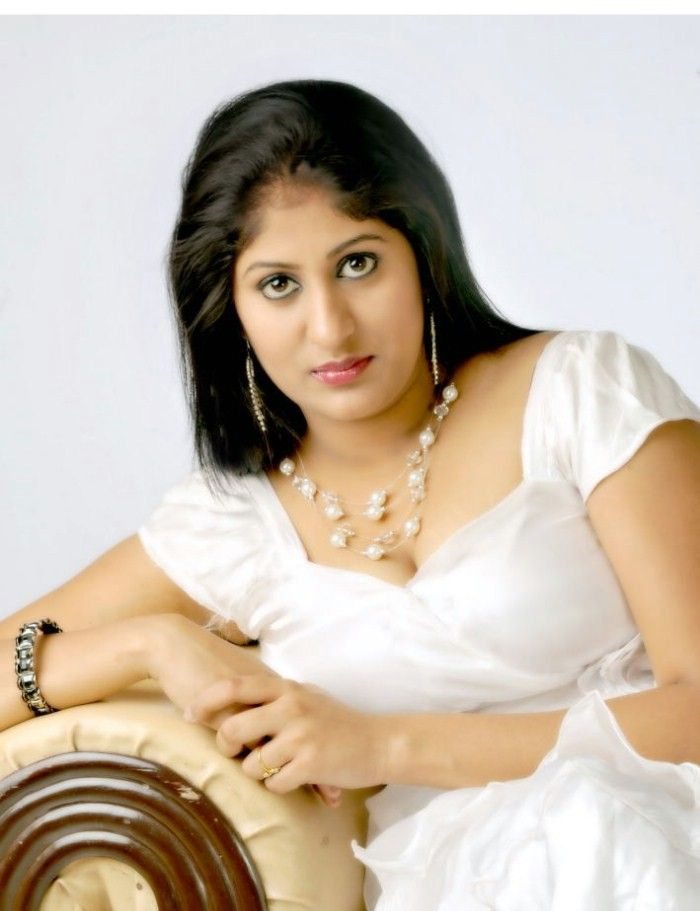 Ashi (Telugu Actress) Photo Gallery Ashi_t10