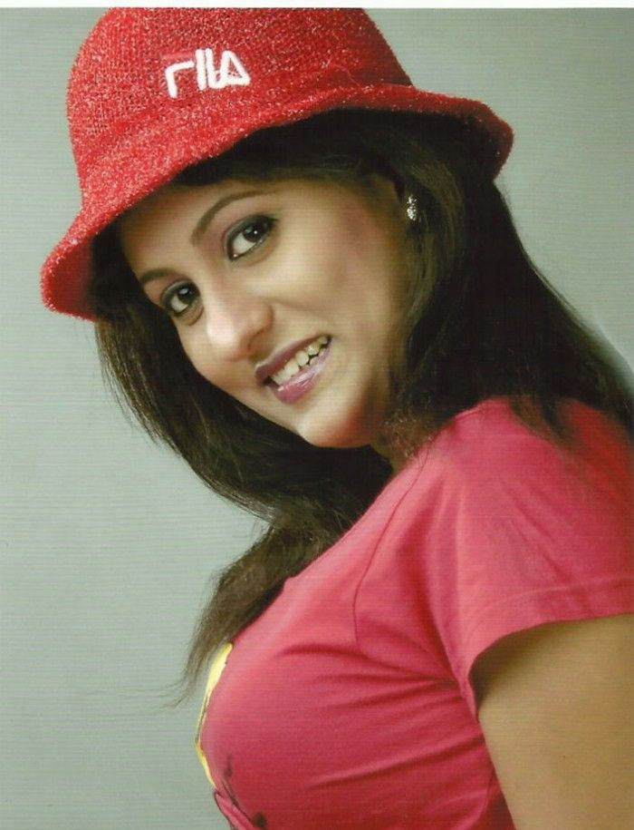 Ashi (Telugu Actress) Photo Gallery Ashi_t12
