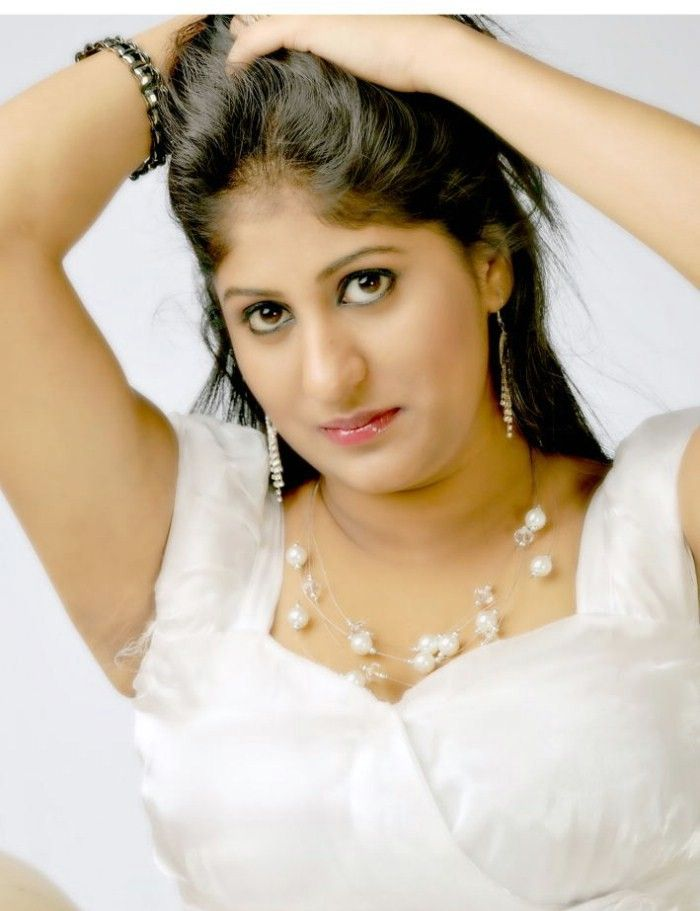 Ashi (Telugu Actress) Photo Gallery Ashi_t23
