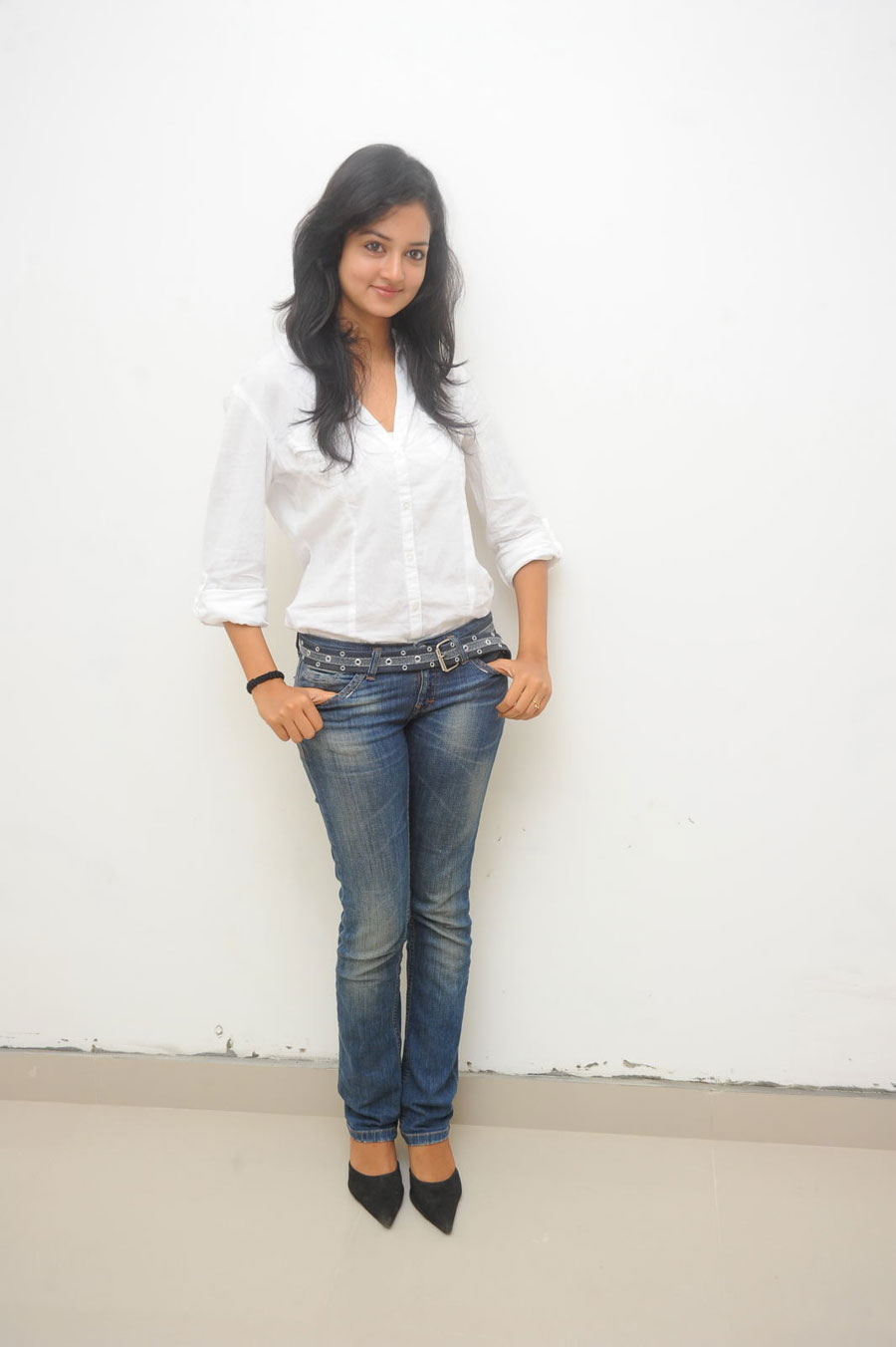 Shanvi Shoot in Adda Press Meet Photo Gallery Sanvi-16