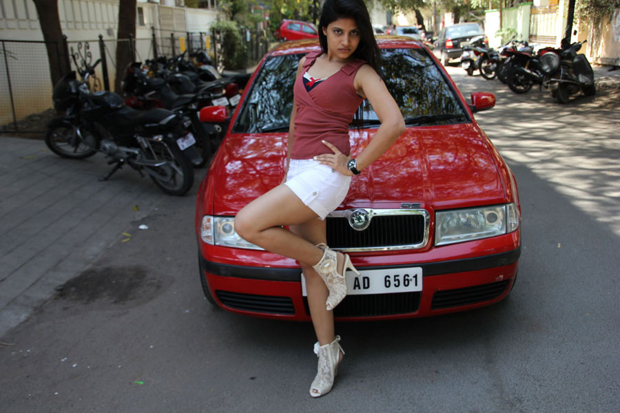 Shwetha Pandit from Theater Lo Movie Photo Gallery Swetha16