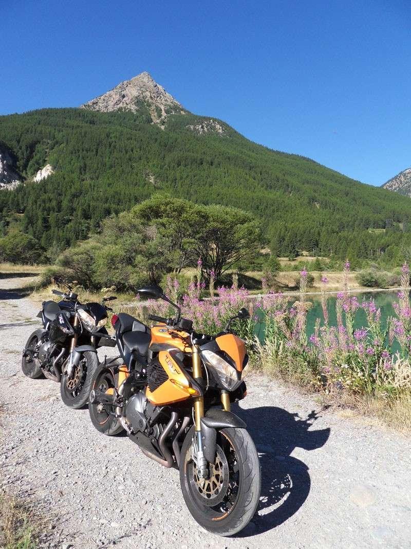 Deux TnT en balade dans les cols des Alpes Sdc14017