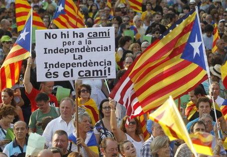 Volem viure en llibertat ! Démonstration de force des catalans Qe6toq10
