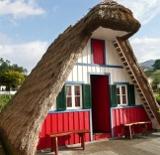 Des maisons Portugaises semblables o village d´Astérix. 3_160x10