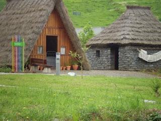 Des maisons Portugaises semblables o village d´Astérix. 7_rita12