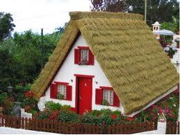 Des maisons Portugaises semblables o village d´Astérix. Cgh10