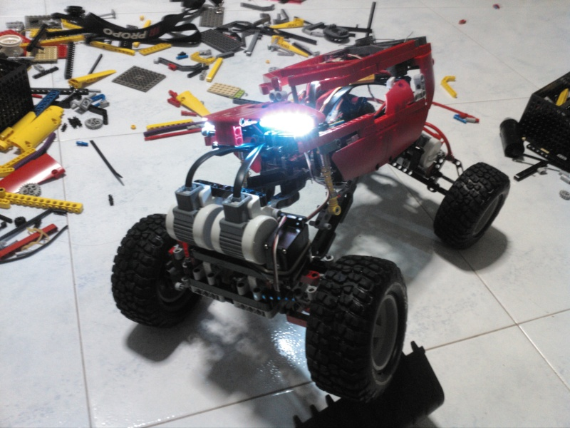 My one and only Crawler, upgraded and vastly improved ! Img_2011