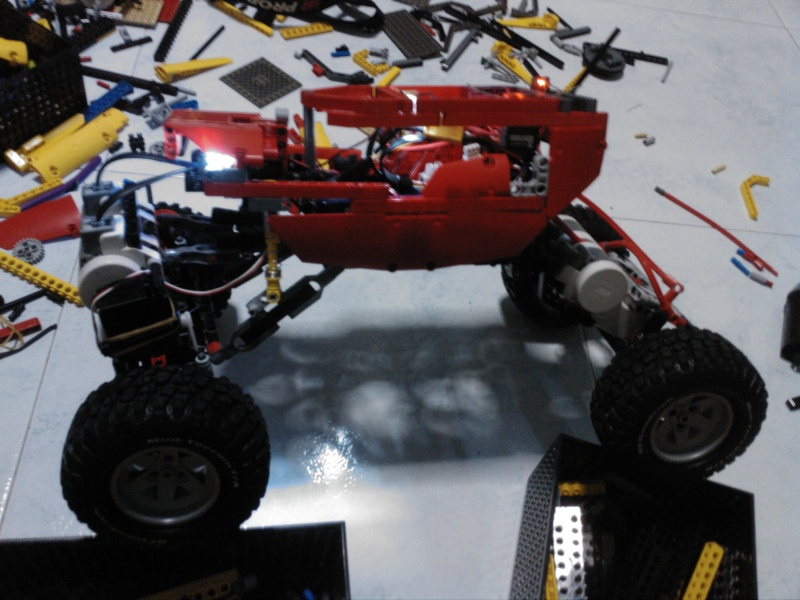 My one and only Crawler, upgraded and vastly improved ! Img_2012
