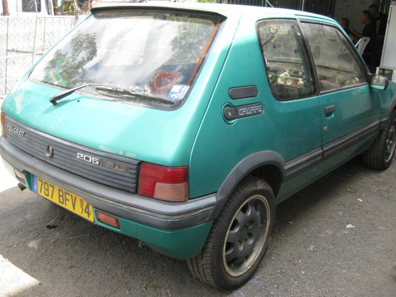 205 GTI Griffe Img_2311