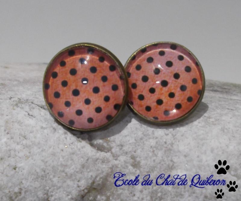 Les boucles d'oreilles...100% Fait-main, au profit de l'ECQ! Dscf1820