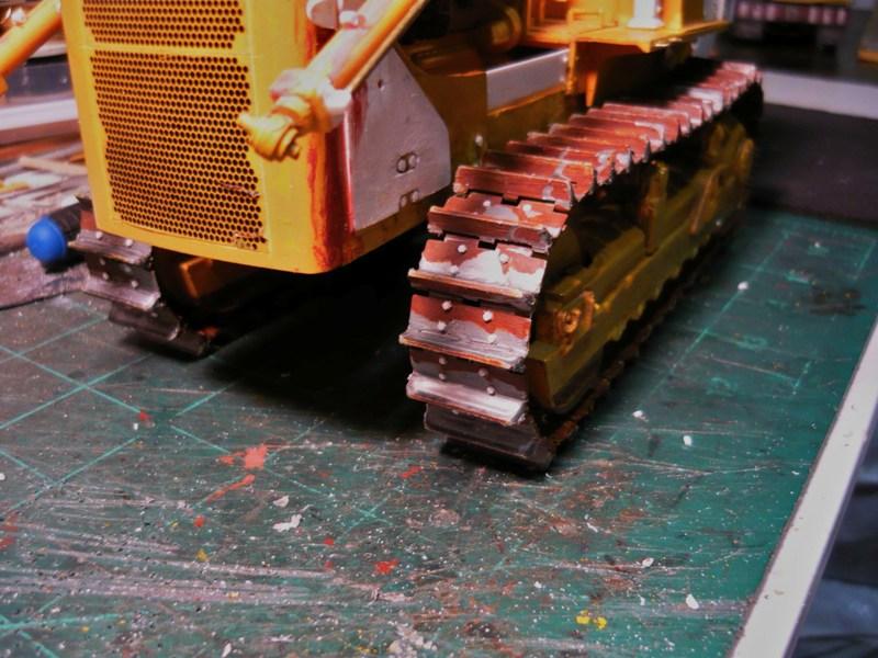 Caterpillar D8 remit à jour P1110051