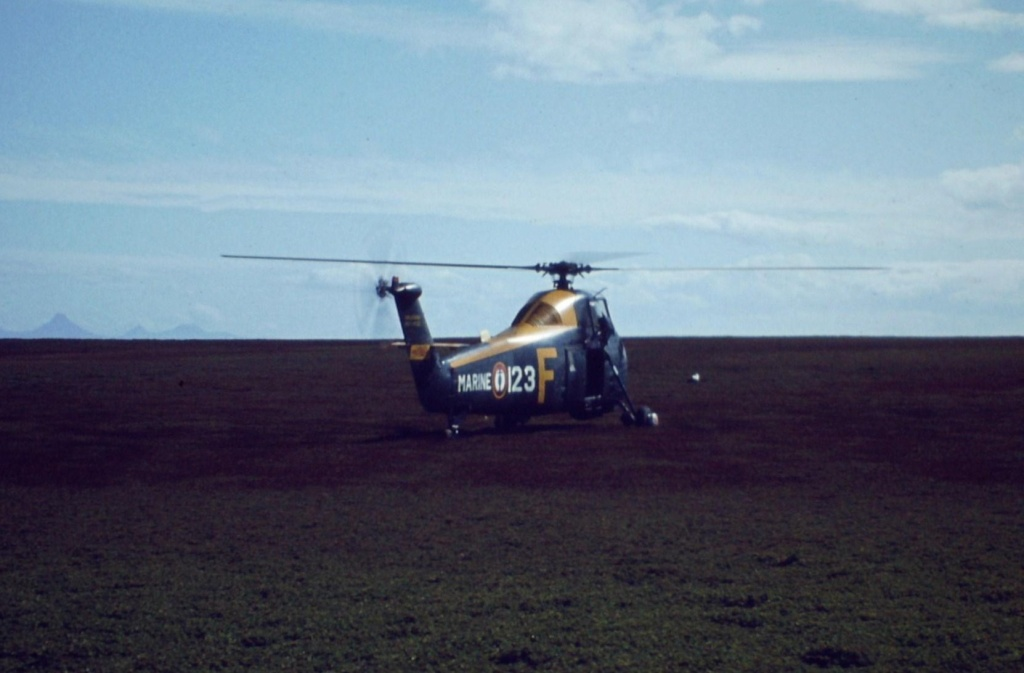 [Aéronavale divers] Où sont passés nos hélicos HSS1 ? - Page 7 2012-013