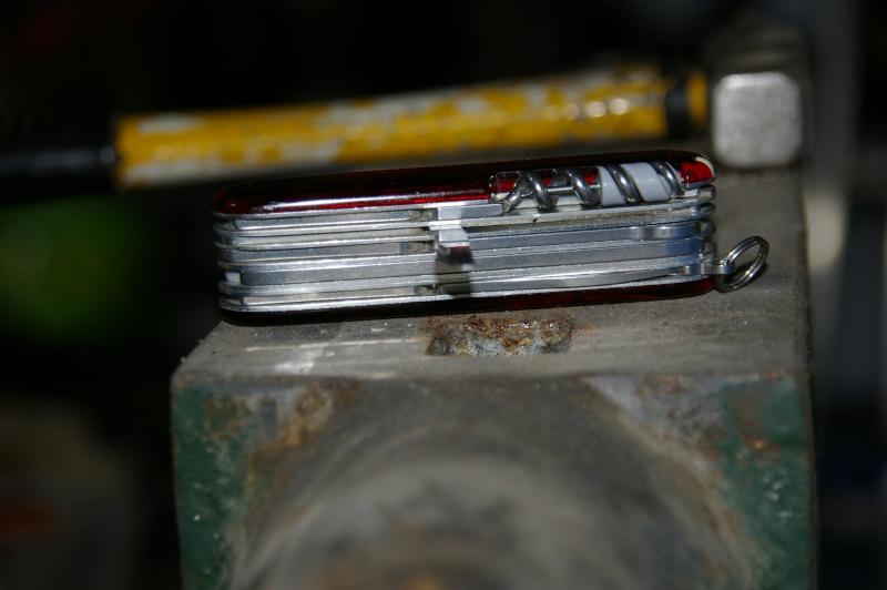 Demande d'aide pour réparer mon couteau suisse - Page 2 3-rapa10