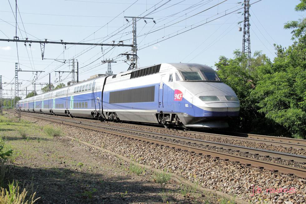 2013-06-30 / Pélerins Creil-Lourdes en TGV Duplex, par Agen 05610
