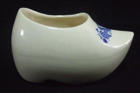white - Clog shape 2139 with Blue n White Clog_210