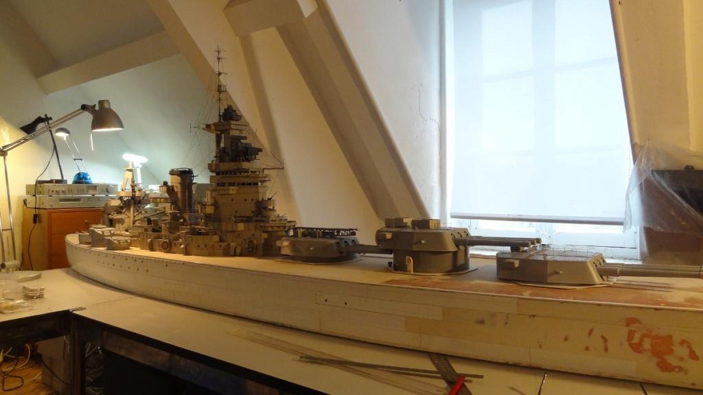 Des nouvelles d'un HMS Rodney au 1/72° Dsc06818