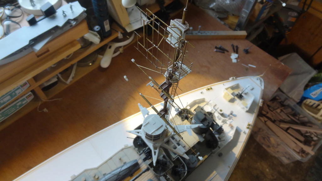 Des nouvelles d'un HMS Rodney au 1/72° - Page 3 Dsc07334