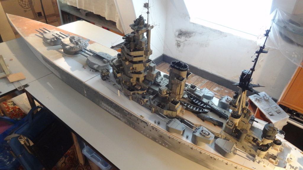 Des nouvelles d'un HMS Rodney au 1/72° - Page 4 Dsc07417