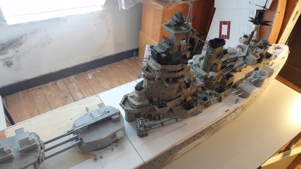 Des nouvelles d'un HMS Rodney au 1/72° - Page 4 Dsc07418