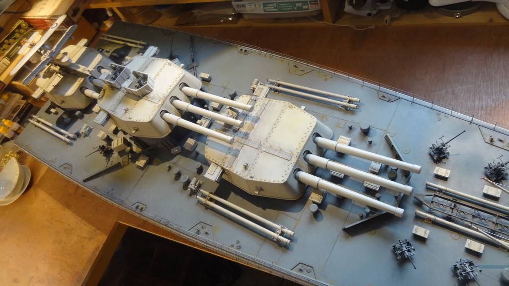 Des nouvelles d'un HMS Rodney au 1/72° - Page 5 Dsc07716