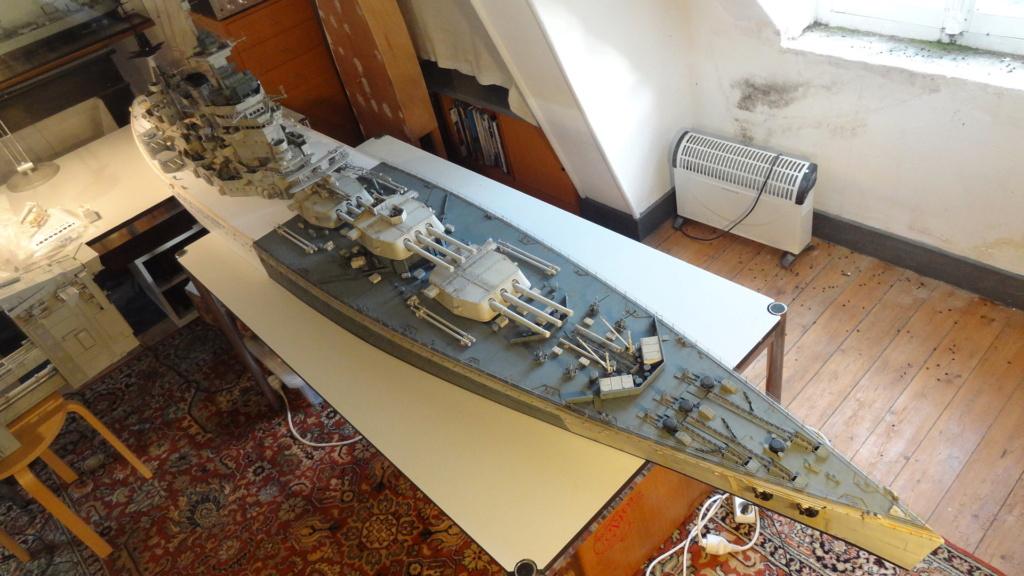 Des nouvelles d'un HMS Rodney au 1/72° - Page 5 Dsc07724
