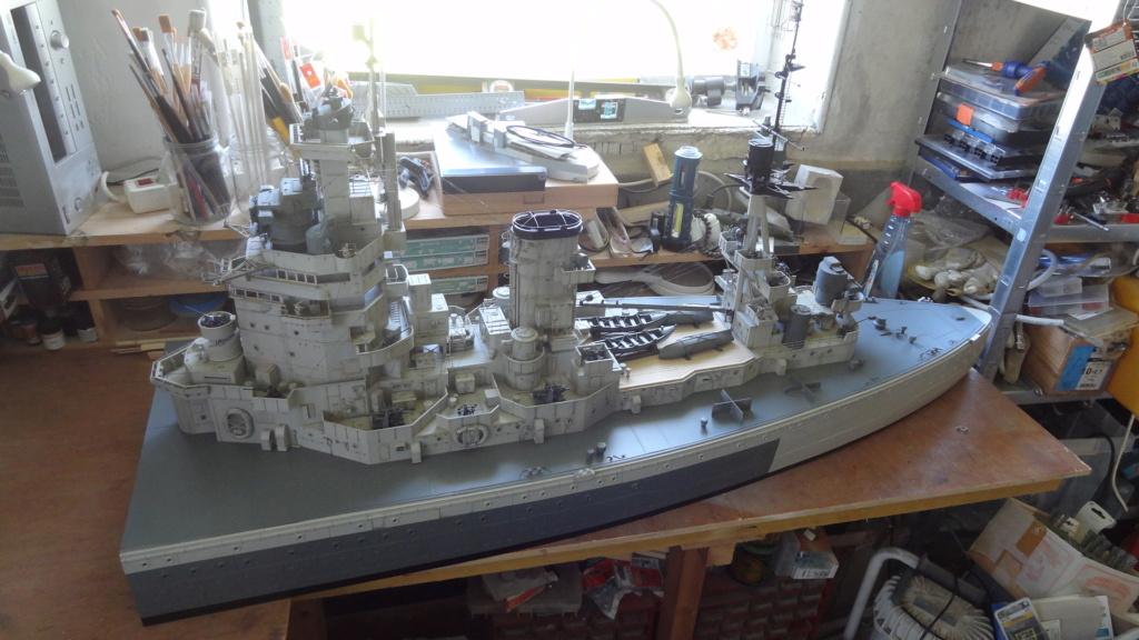 Des nouvelles d'un HMS Rodney au 1/72° - Page 7 Dsc08119