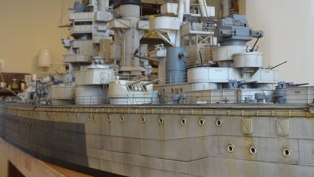 Des nouvelles d'un HMS Rodney au 1/72° - Page 7 Dsc08149