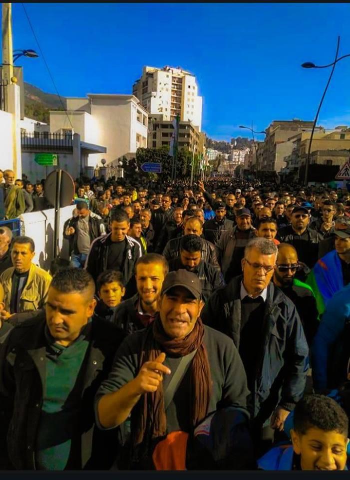 Marche populaire le Mardi 11 Décembre 2018, à Bèjaia, contre le blocage de Cevital ! 2015