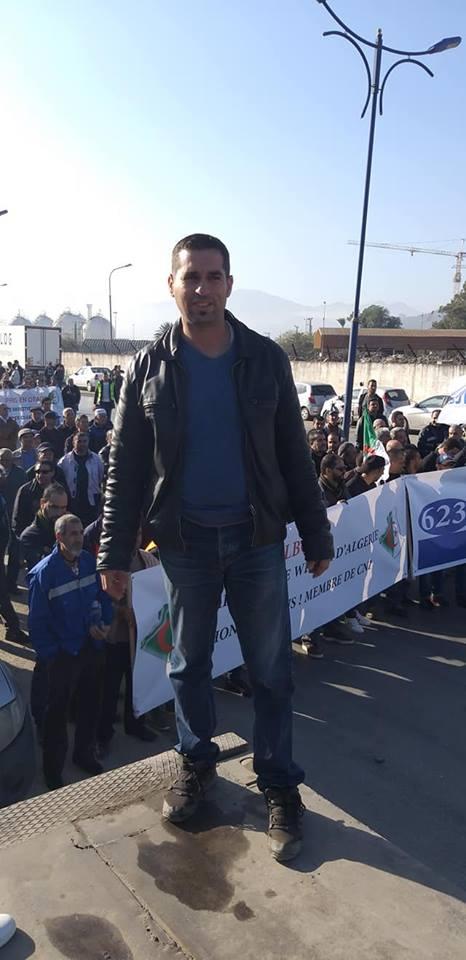 Béjaïa : une marée humaine dans la rue contre le blocage de Cevital le mardi 11 décembre 2018 2048
