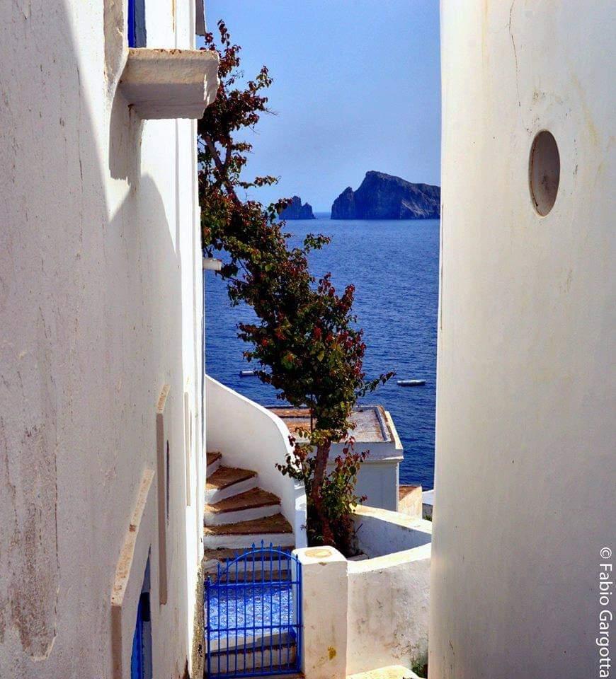 """Gallerie fotografiche : """"Finestra sul mare""""   - Pagina 2 50047110"""
