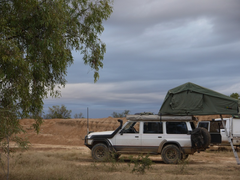 rooftop tents Cy_15010