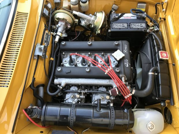 1750 GT Veloce USA - Emplacement Batterie  1969_a10