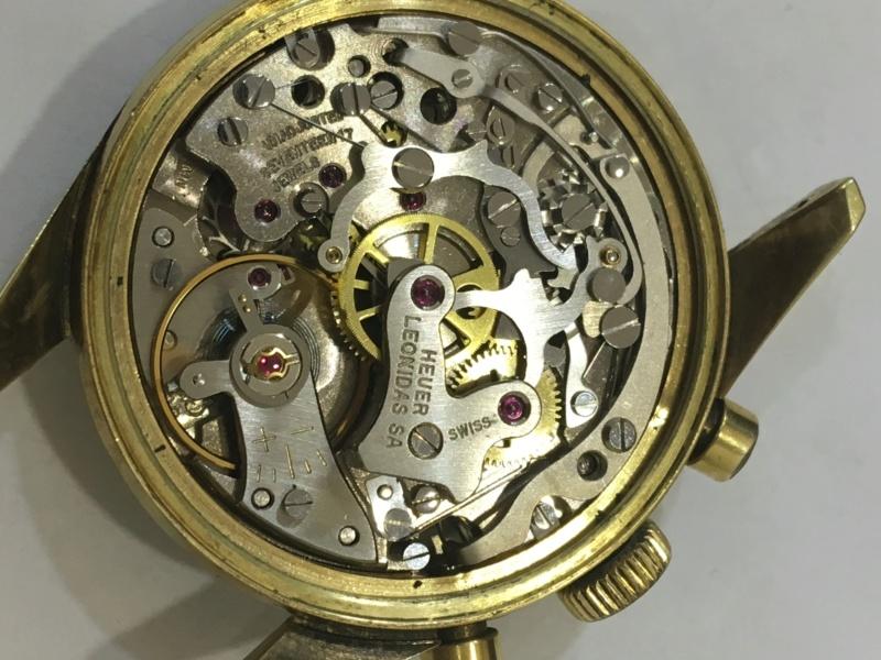 Heuer carrera chrono valjoux 92 60's (résolu )  Img_3612