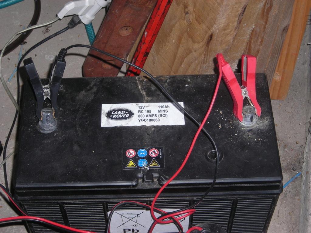 Histoire de batteries et connecteurs Dscn3713