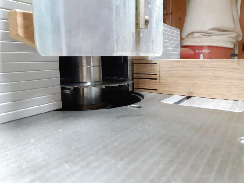 """Table """"flottante"""" façon Ishitani 20191228"""