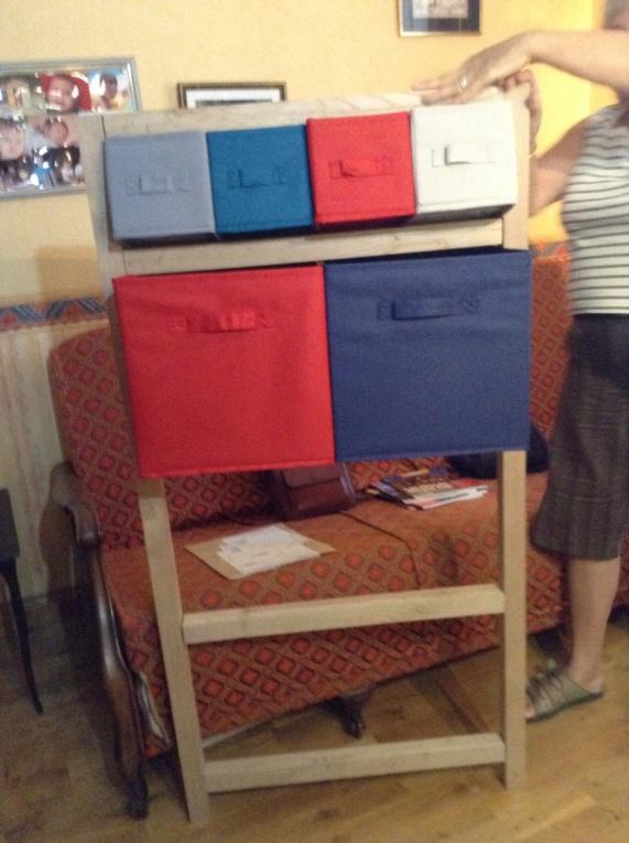 Pas à pas meuble à casiers en châtaignier  Image151