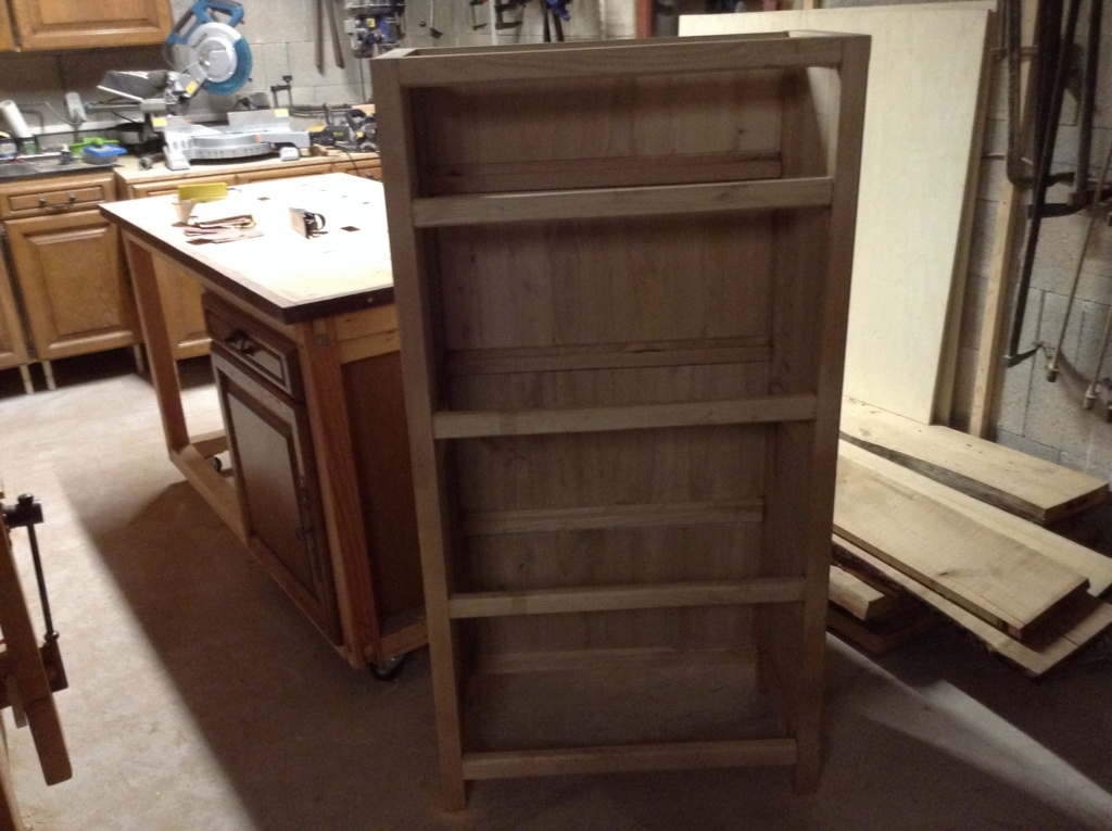 Pas à pas meuble à casiers en châtaignier  - Page 2 Image192