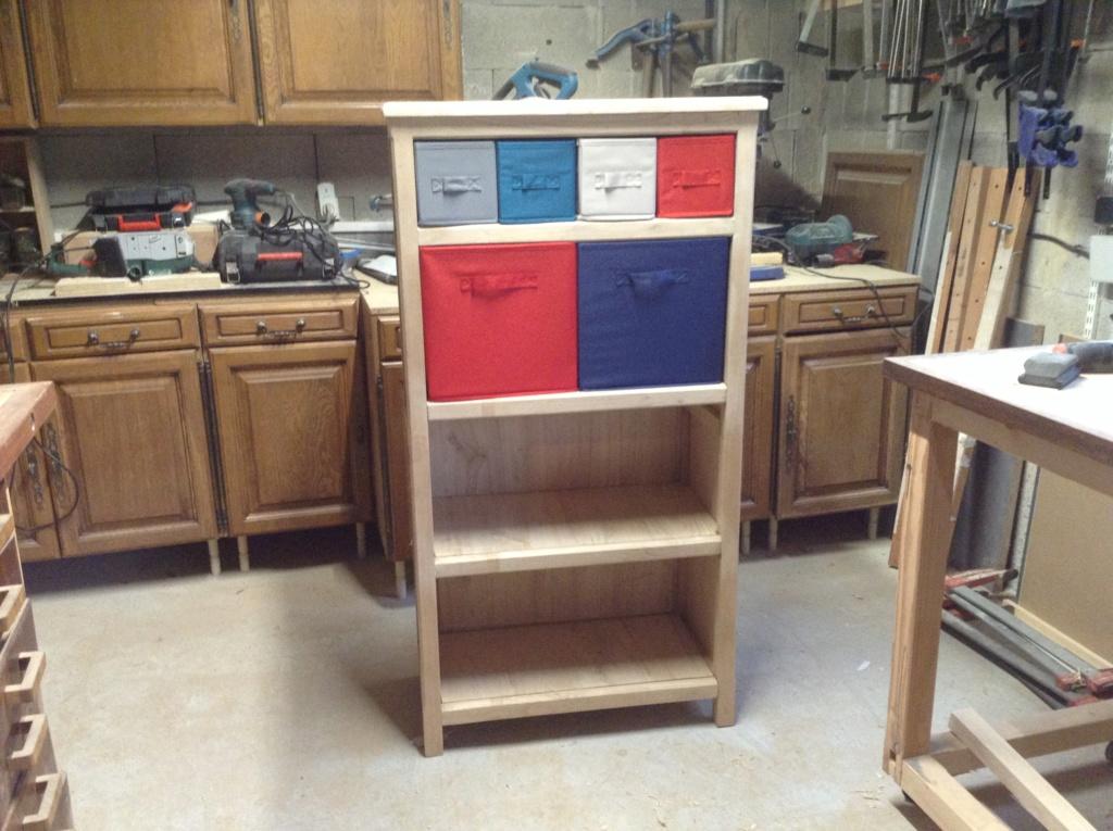 Pas à pas meuble à casiers en châtaignier  - Page 2 Image197