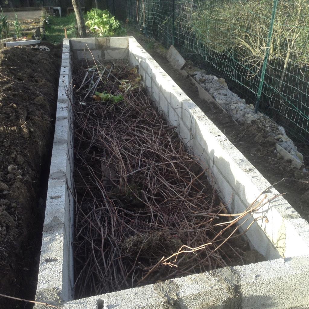 "Jardinage en permaculture ""lasagnes"" Image254"