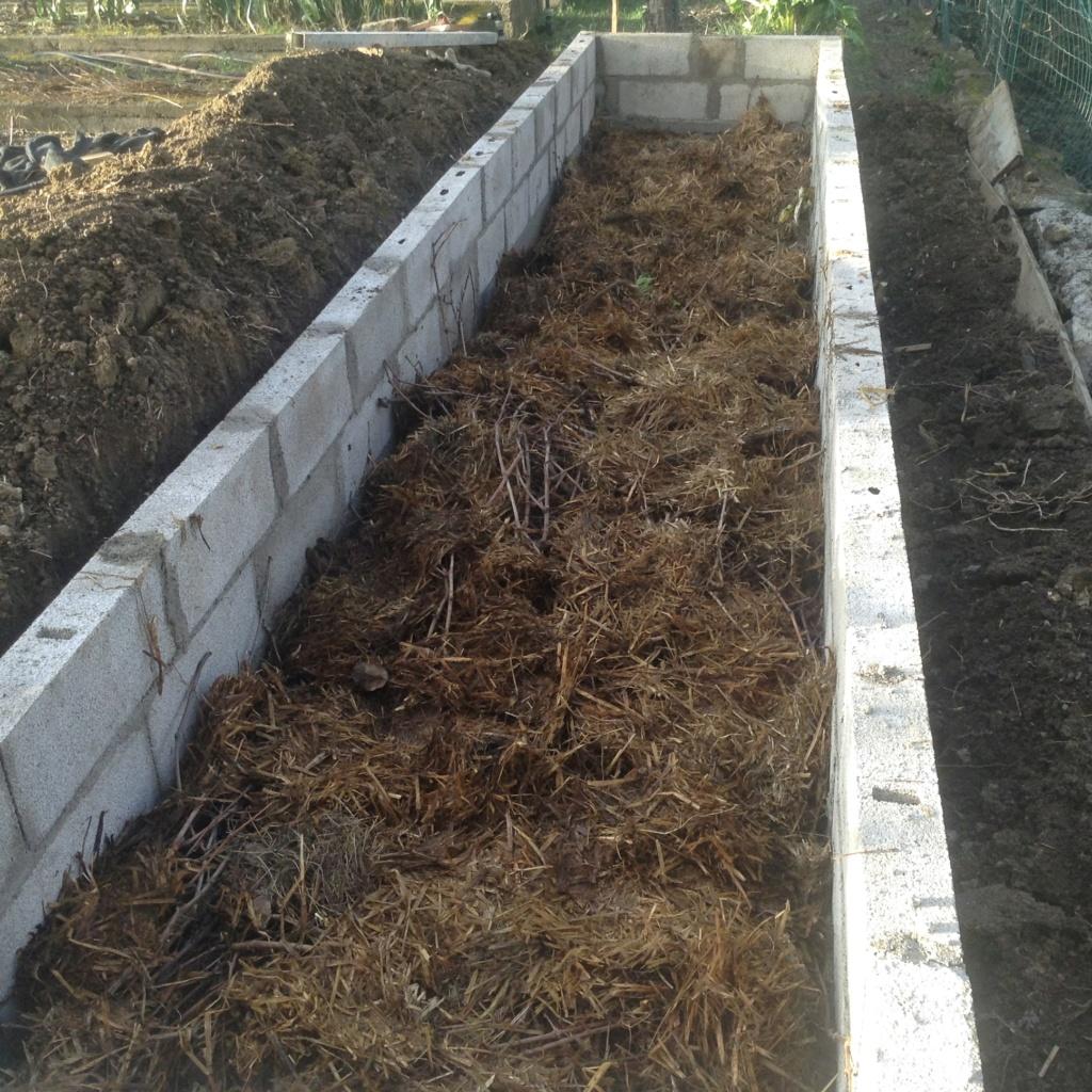 "Jardinage en permaculture ""lasagnes"" Image255"