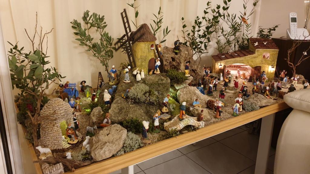Préparation fête de Noël  16078010